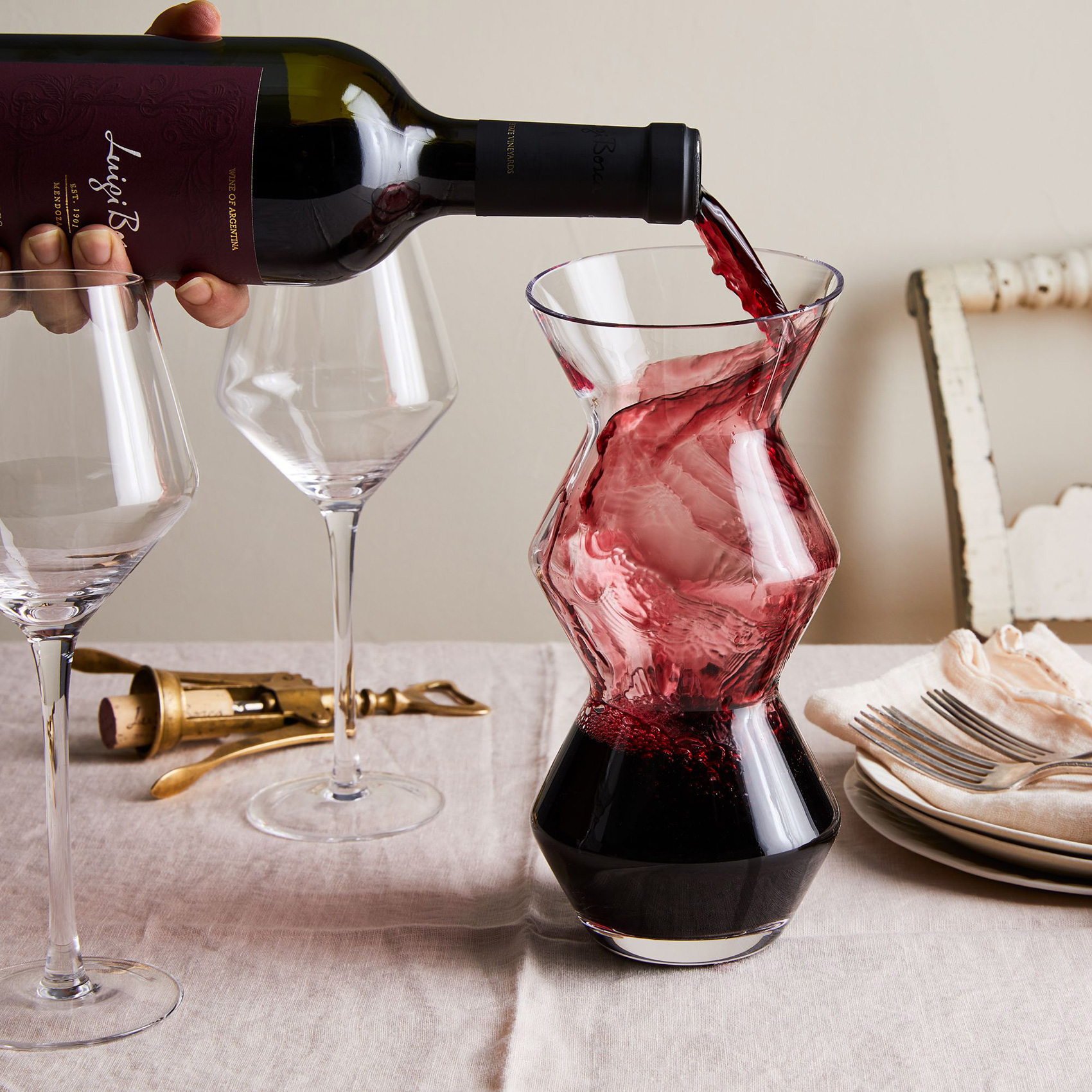 magisso_glass-aerator-carafe_drink_ty-mecham_food52