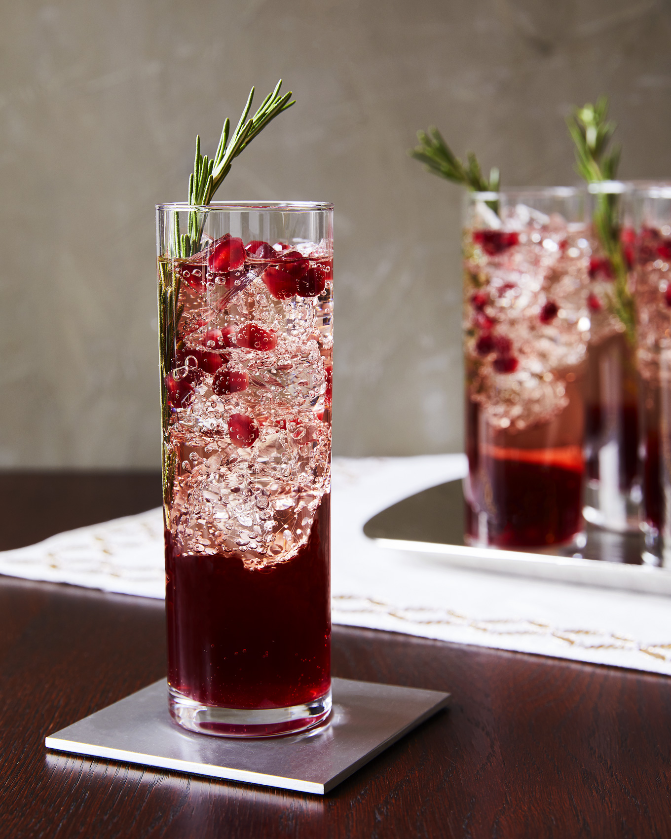 vermouth-sparkler_poms_drink-recipe_ty-mecham_tara-teaspoon_pom-wonderful